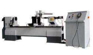 Strung-automat-CNC-comanda-scula-dubla-pentru-prelucrari-lemn