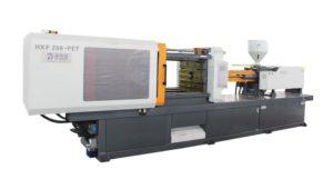 masina-injectie-mase-plastice-pentru-fabricarea-PET-urilor-din-plastic